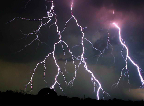 http://cacarc.files.wordpress.com/2011/06/fork-lightning.jpg